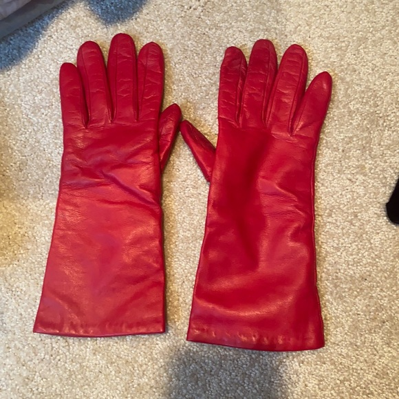 Coach leather gloves. Cashmere lined